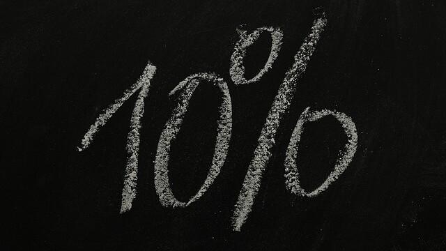 10% på svart grtiffeltavla